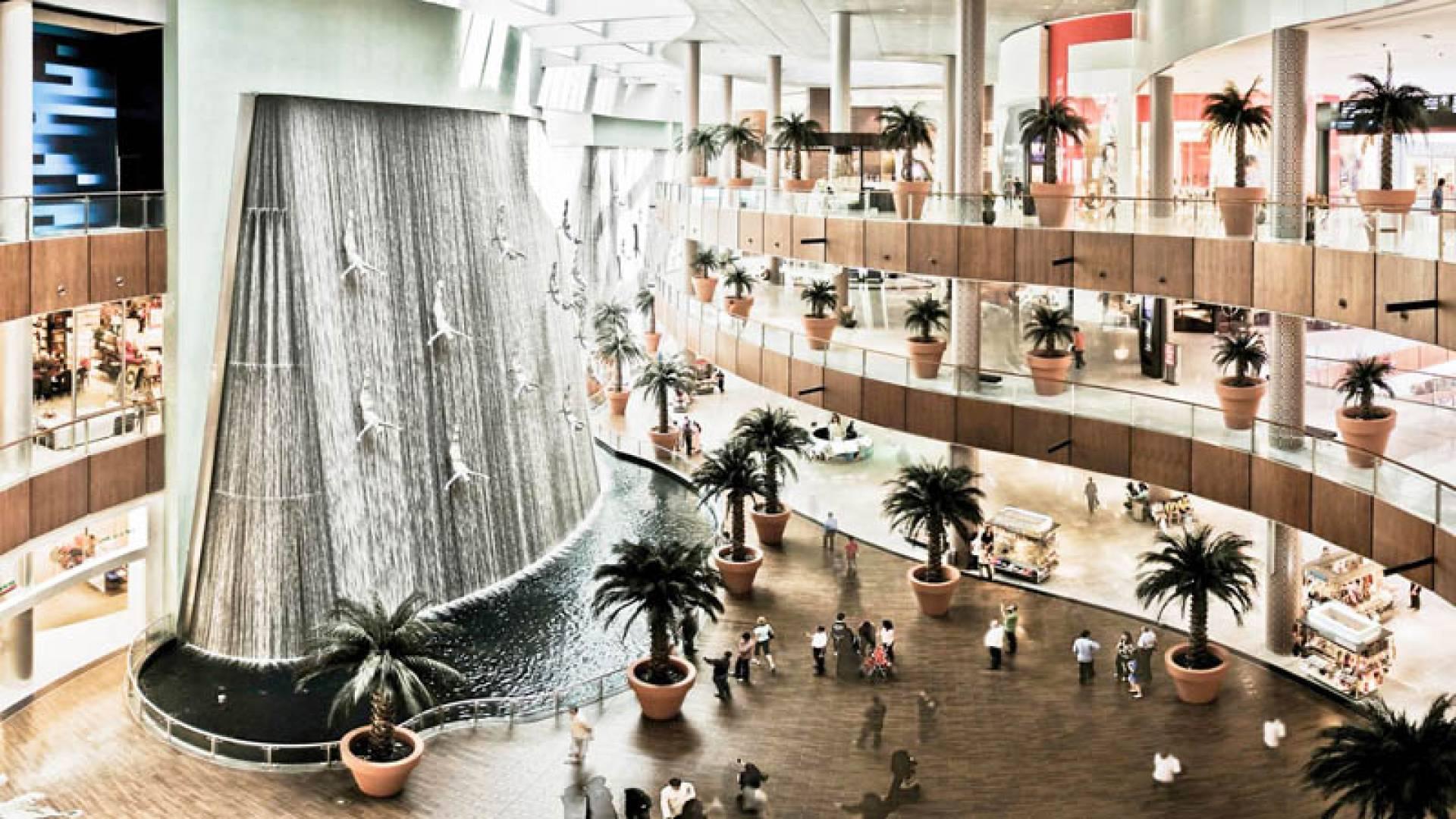 Дубай молл dubai mall вид на жительство словакия условия